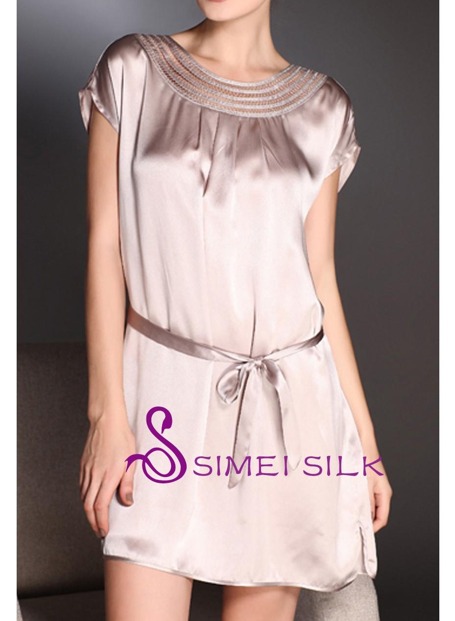 Naisten silkkiyö- ja oloasu, lämmin harmaa (yksi koko)