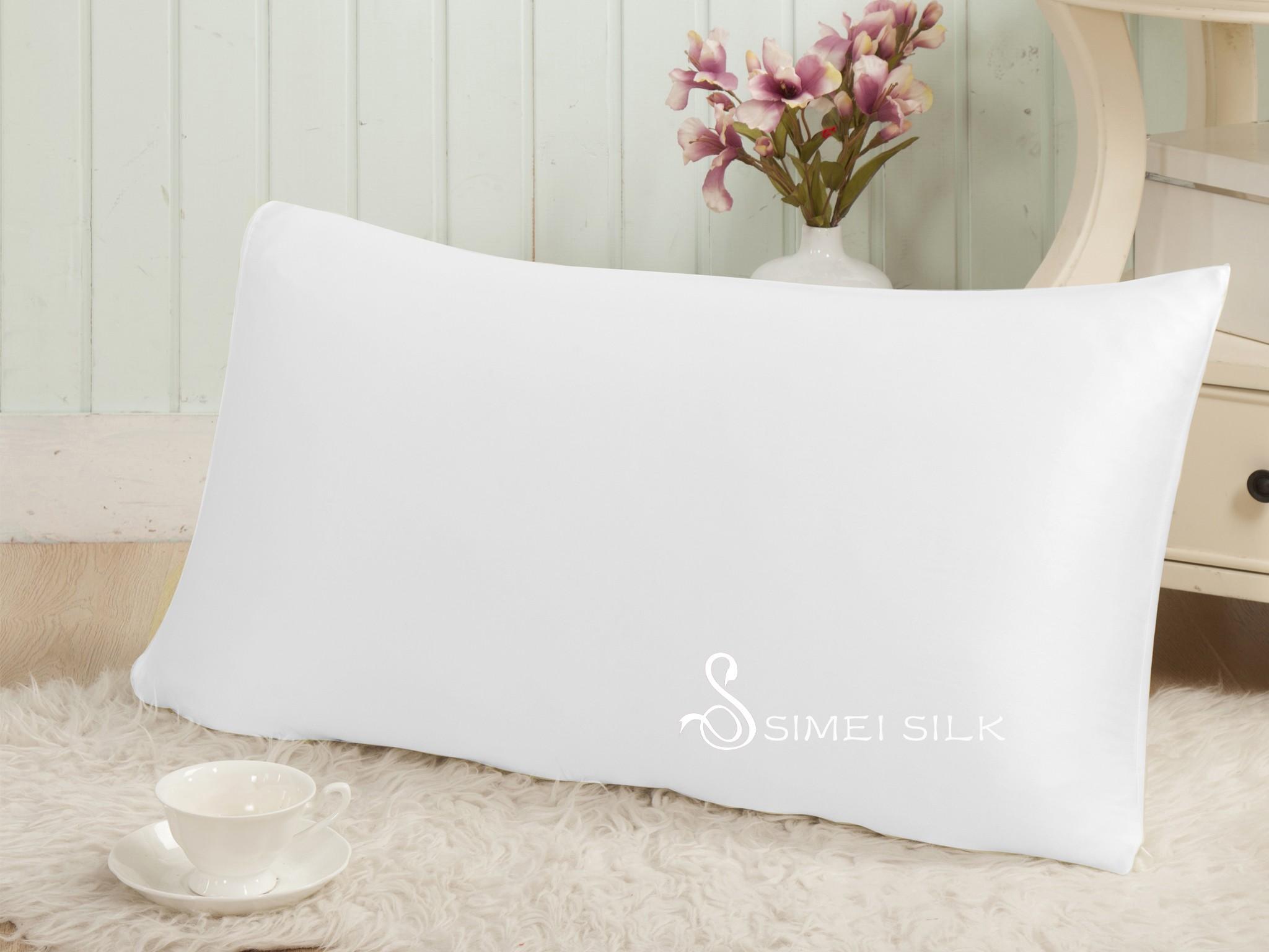 Silkkityyny Charmeuse-silkkipäällyksellä 50x60cm